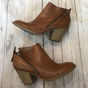 DV by DOLCE VITA Tan Asymmetrical Zip Ankle Boots